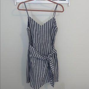 NWT Abercrombie Tie Front Wrap Dress